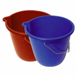 Plastic bucket with spout 10 Liters